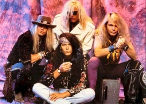 poison di era 'flesh & blood' [1990]